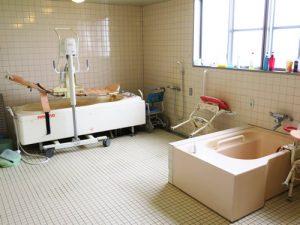 介護用特殊浴槽